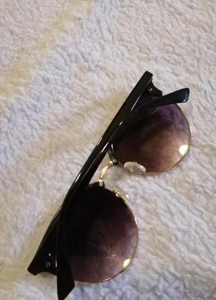 Женские солнечные очки4 фото