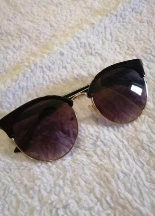 Женские солнечные очки1 фото
