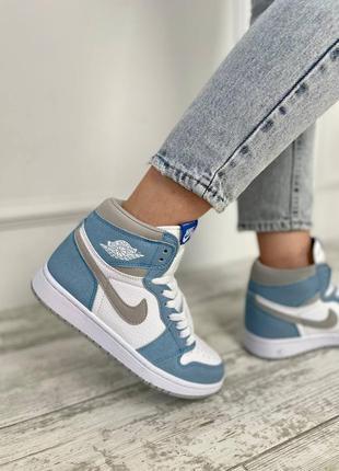 Женские кроссовки nike air jordan 1 high blue