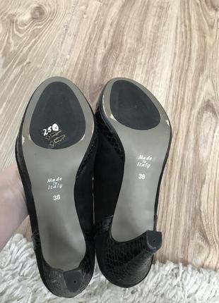 Туфли замш на каблуку италия3 фото