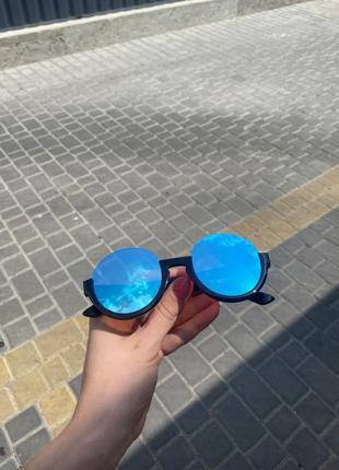 Женские оригинальные солнцезащитные очки с отражающими стёклами
