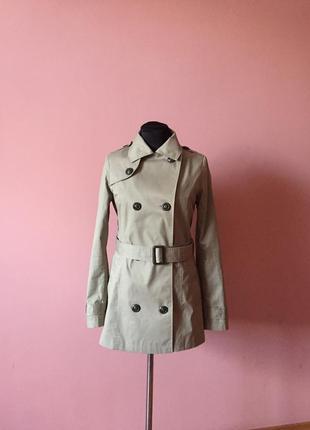 Куртка-тренч от stradivarius р-р 44.
