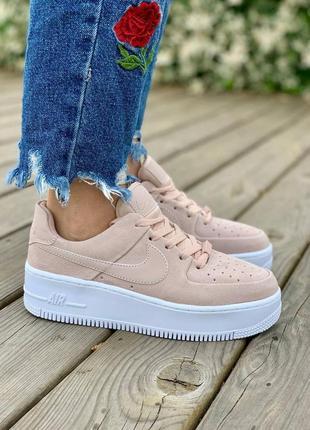 ❤ женские пудровые замшевые кроссовки  nike air force sage pink