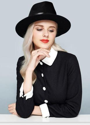 Федора широкополая шляпа с прямыми широкими полями