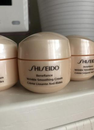 Shiseido крем для лица, разглаживающий морщины benefiance wrinkle smoothing cream