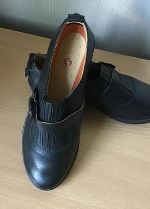 Кожаные ботинки 37-38