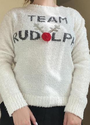 Тёплый классный свитер с оленем и пайетками