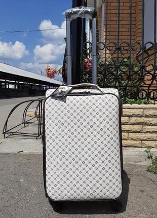 Дорожный чемодан из кожзама ручная кладь