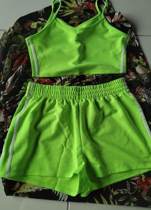 Новый, яркий пляжный костюм топ+шорты для тренировок л неон летний