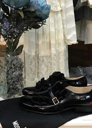 Туфли лаковые лоферы лоуферы оксфорды mochino