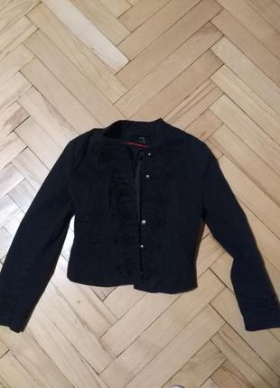 Піджак в стилі мілітарі