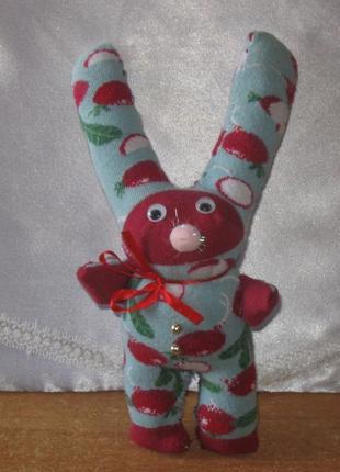 Игрушка мягкая, заяц цветной с большими ушами.