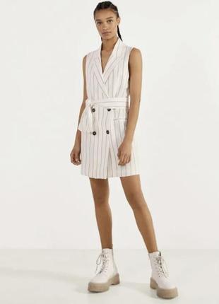 Платье -пиджак в полоску от bershka