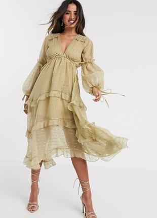 Одна из популярнейших моделей платьев asos design luxe, золотистое, с рюшами!