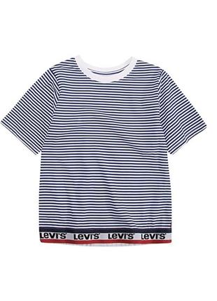 Новая футболка levi's 2-3 года