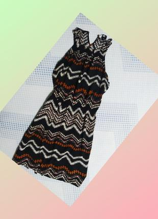 Тончайшее платье в орнамент