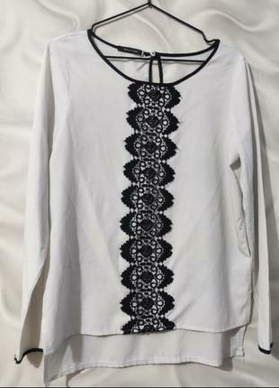 Блуза с чёрной вышивкой спереди/рубашка/сорочка