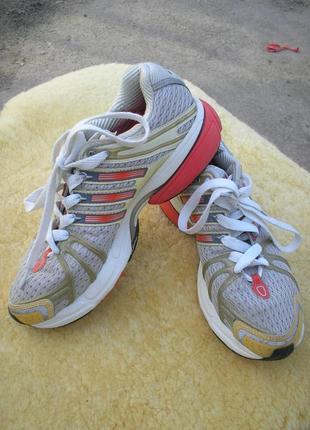 Кроссовки adidas 38