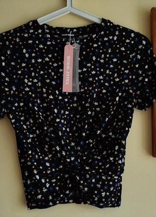 Tally weijl футболочка,футболка женская в цветочек новая,tally weijl ,топ,укороченная футболка