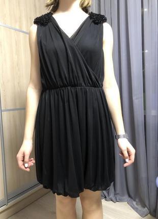 Красивое чёрное короткое платье h&m
