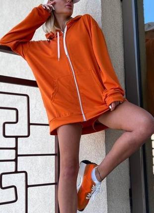 Потрясающий женский спортивный костюм тройка  кофта, топ и шорты