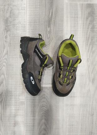Трекинговые кроссовки salomon