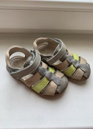 Кожаные сандали 23 р (14,5 см по стельке) на мальчика