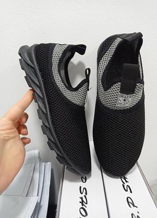 Самые удобные текстильные кроссовки.гнущиеся,дышащие.