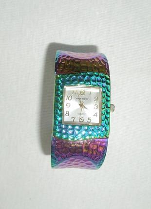 Часы браслет женские кварцевые vernier