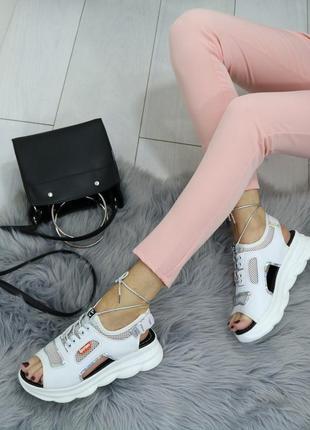Босоножки кожаные на платформе, кроссовки кожаные сетка белые, спортивные босоножки на платформе