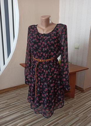 Прозррачное шифоновое платье в цветах