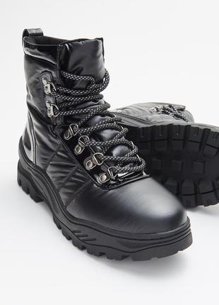 Непромокаемые женские зимнии ботинки от cropp