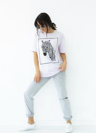 Женская белая футболка с рисунком зебры3 фото