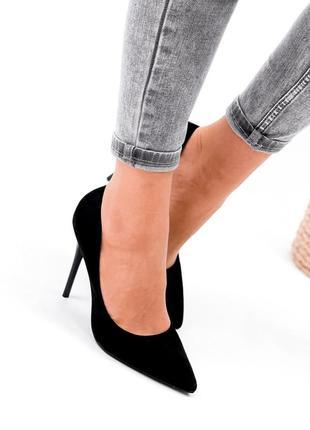 Женские туфли на шпильке чёрные6 фото