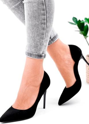 Женские туфли на шпильке чёрные4 фото