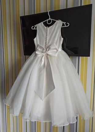 Красивучее пышнючее платье sarah souise