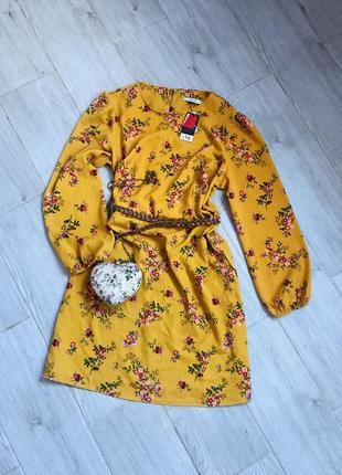 Платье в цветы1 фото