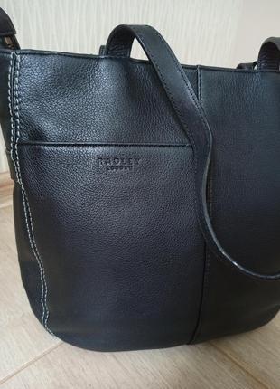 Качественная черная кожаная сумка radley4 фото