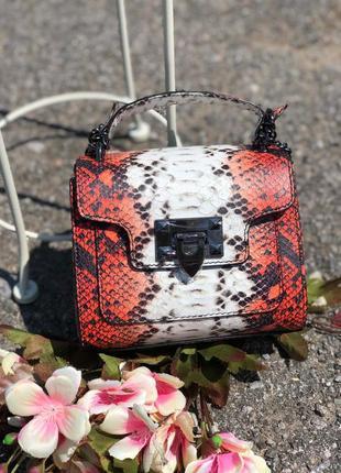 Женская кожаная сумка на цепочке италия клатч кроссбоди