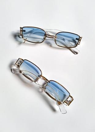 Солнцезащитные очки с голубыми линзами uv400