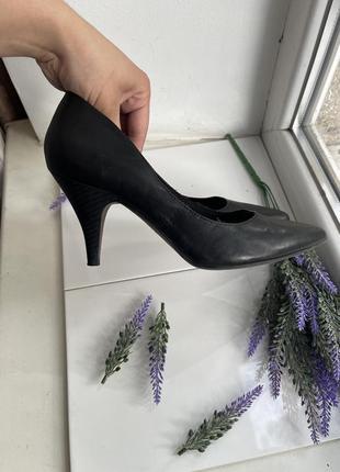 Туфли туфлі кожа