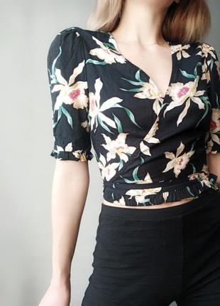 Шикарная блуза zara в цветочный принт