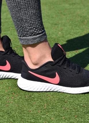 Легкие кроссовки nike revolution 5 35.5 размер оригинал