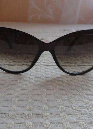 Супер новые  солнцезащитные очки  италия