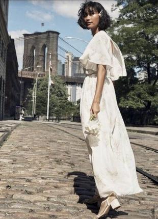 Платье h&m xs-s молочное в паетки