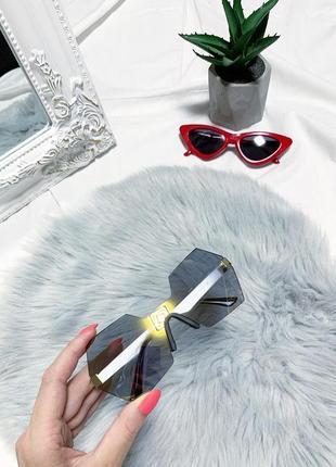 Новые ассиметричные зеркальные очки 👓