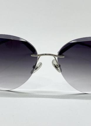 Женские солнцезащитные очки серые линзы с градиентом безоправные с цепочкой6 фото
