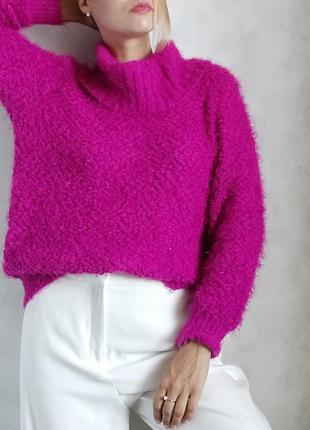 Малиновый свитер джемпер