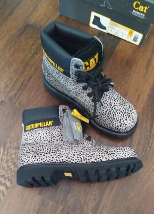 Новые ботинки caterpillar под пони оригинал микро нюанс оригинал анималистический принт3 фото