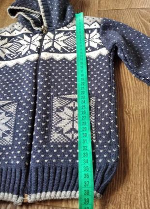 Теплый свитер на 2 - 3 года8 фото